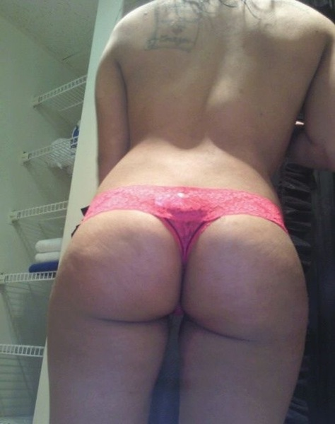 . Booty cheeks! #ThongThursday .