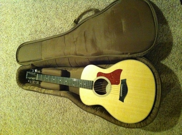 @TaylorGuitars Oh, I also picked this one up along the way. :) (GS mini) Stoked owner!