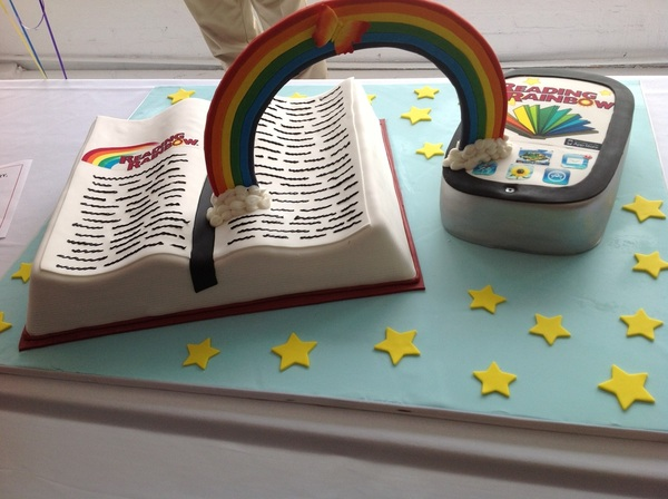 Was surprised with a #ReadingRainbow confection made by none other than #thecakeboss... Wow!!!