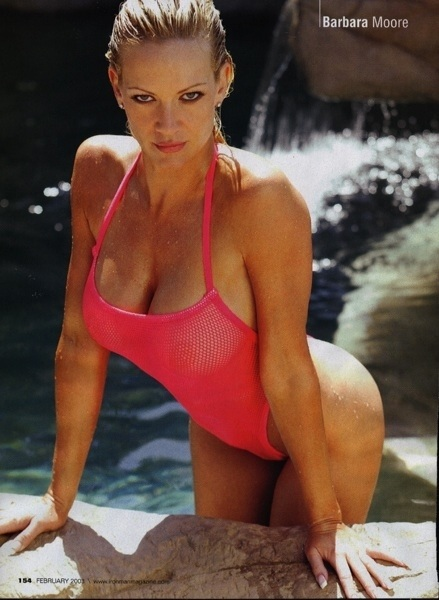 Nice day for a swim! xoxo! http://barbaramoore.com