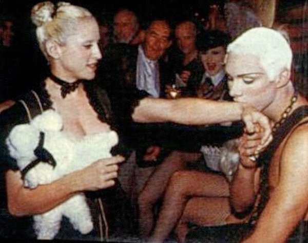 ive worked w #Madonna in the past.this is photo of our 1st meeting in 1992 RT @princesslondn @KristoferBuckle you are so lucky, did you get to meet her