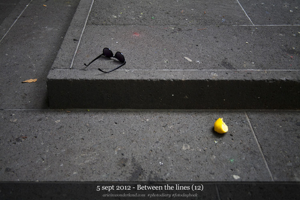 5 sept 2012 - Between the lines (12) - #photodiary #fotodagboek arieinwonderland.com -