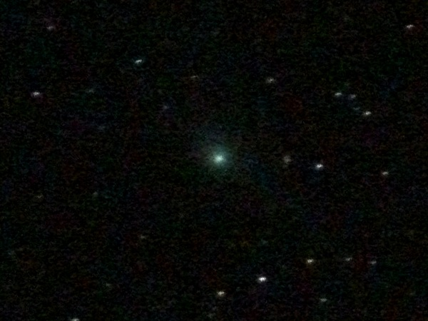 Comet #Garradd on 26th Feb - poorly guided, out of focus, no telescope, over-processed lol