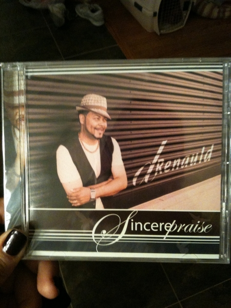 Dad&#039;s CDs are here!!!! @dRenauld - Sincere Praise!!!
