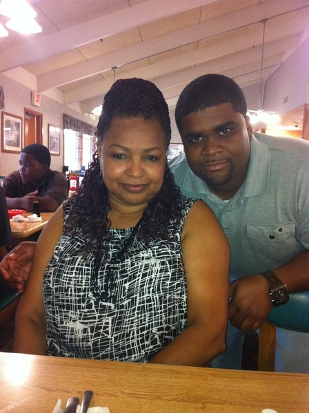 Mom took me out for breakfast this morning.. #IsntSheLovely ~~>
