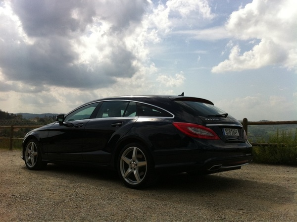 Ik weet nog niet zo goed wat ik nou van de CLS Shooting Brake moet vinden. Heeft nog wat tijd nodig. @Autovisie_NL 