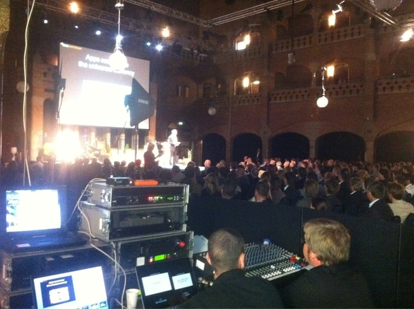 Ready to pitch the Founder Institute at #sime11 ..
