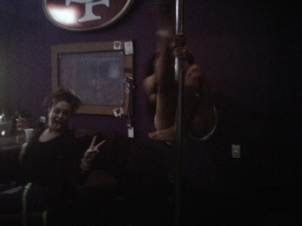 Jus a typical sat nite w  @bullyzplayhouse and  @squeezemyfruit...  Here I go slidin down the pole! Lol  <3 them!