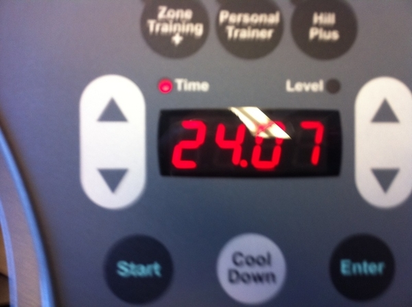 Guysssss!!!! I ran my two miles in less than 25 minutes today! I'm usually at 30! #SmallVictories ! ;) lol