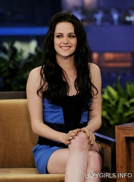 @ADarkParadise THIS Leno outfit from BD1 promo was so sexy. And her black Cavalli for the LDN premiere. BEST EVER. @victoria1985 