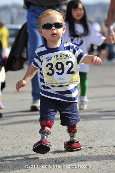 RT @CrusePhoto I'm trying to trying to raise $5k for @CAFoundation for my 50th birthday. http://bit.ly/kSE9Sg