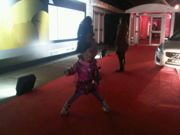 Red Carpet fashion girl #AIFW
