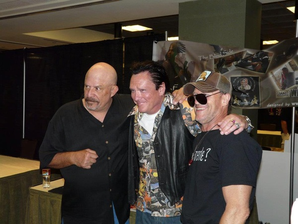 @Michael_Rooker  one more pic of U T &amp; M  