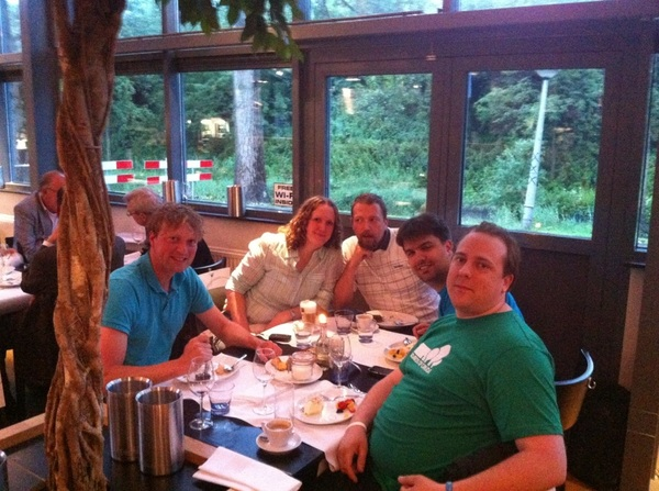 A nice group of people /cc @rdohms @lornajane @DragonBe @kleverlaan