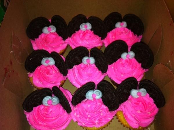 minnie mouse cupcakes. Minnie mouse cupcakes