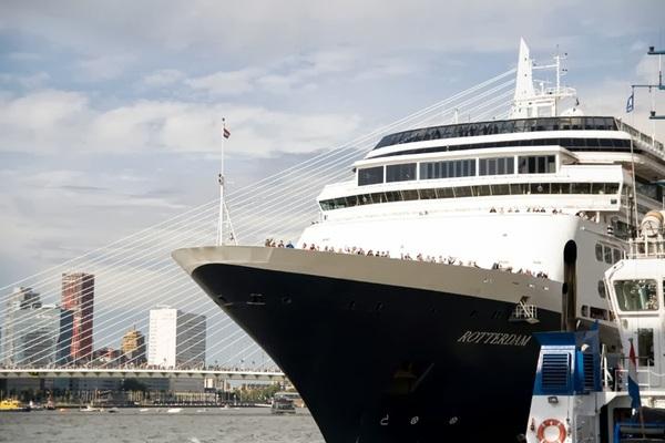De #Rotterdam vertrekt (1). #wereldhavendagen