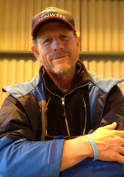 Mr @RealRonHoward showed his support for 'Little People UK' @LPUKOnline by wearing one of our wristbands...