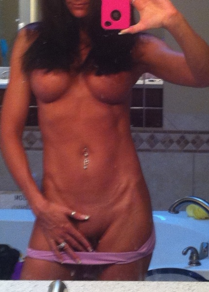 Mmmm...i love to get naked for you #MirrorMonday @Se