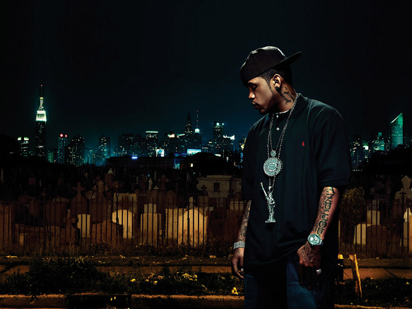Name a rapper out now thats hotter than @LLOYDBANKS???....Bet you can&#039;t.