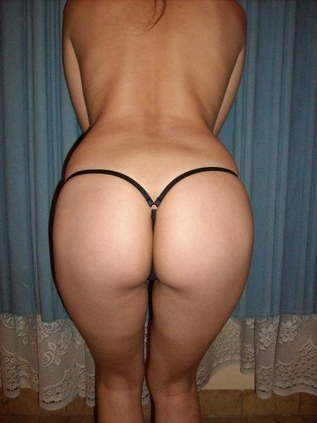Jovencitas en tanga... #Thongthursday #Sexy