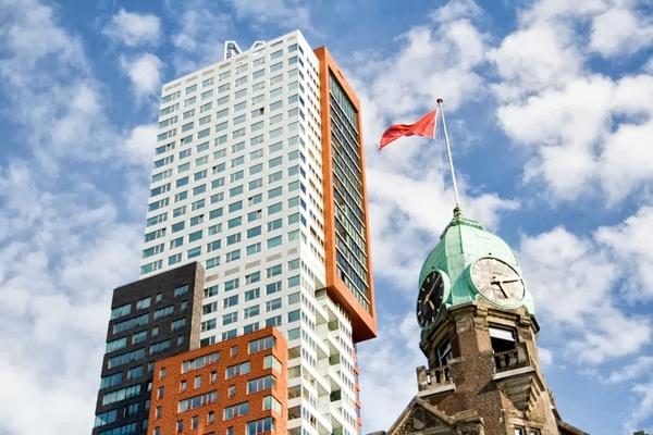 Omhoog kijken. #Rotterdam #wereldhavendagen