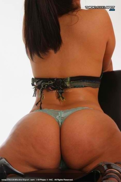 thick #whooty for #sexysaturday #thong