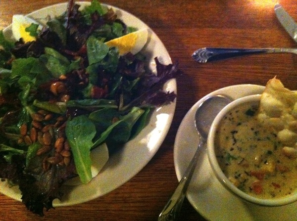 Anther swt meal @ KingFish Cafe. Good Soul/comfort Food. Salad&Crawfish chowder WishUWereHere @cshady1 @blackjkspollock