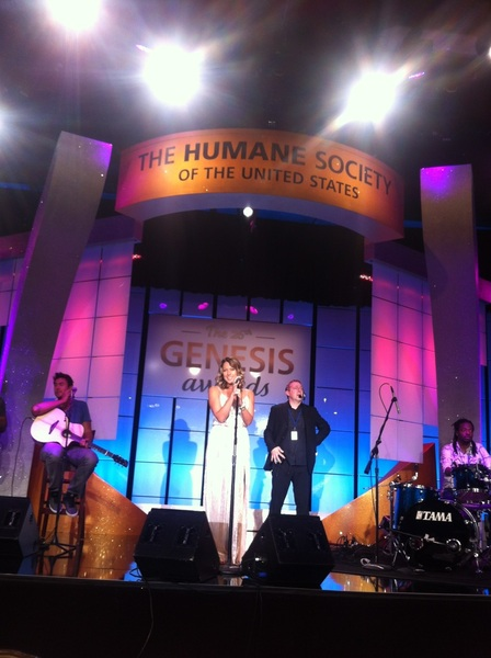 Sound check time!  #GenesisAwards @HumaneSociety