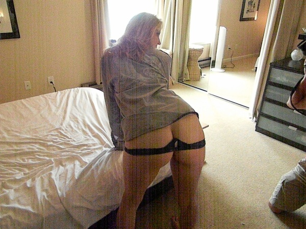 @LifestyleCpl/hotwives Daynas hotwife ass Www.Hotties4sharing.com