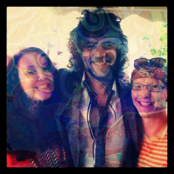 @waynecoyne and some happy freaks smiling at River's Edge.
